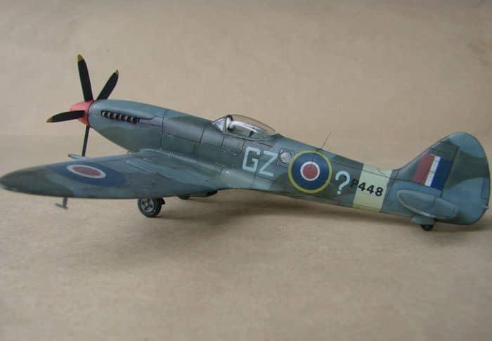 Spitfire Mk.XVIII FR, MPM, 1/72 DSC00427