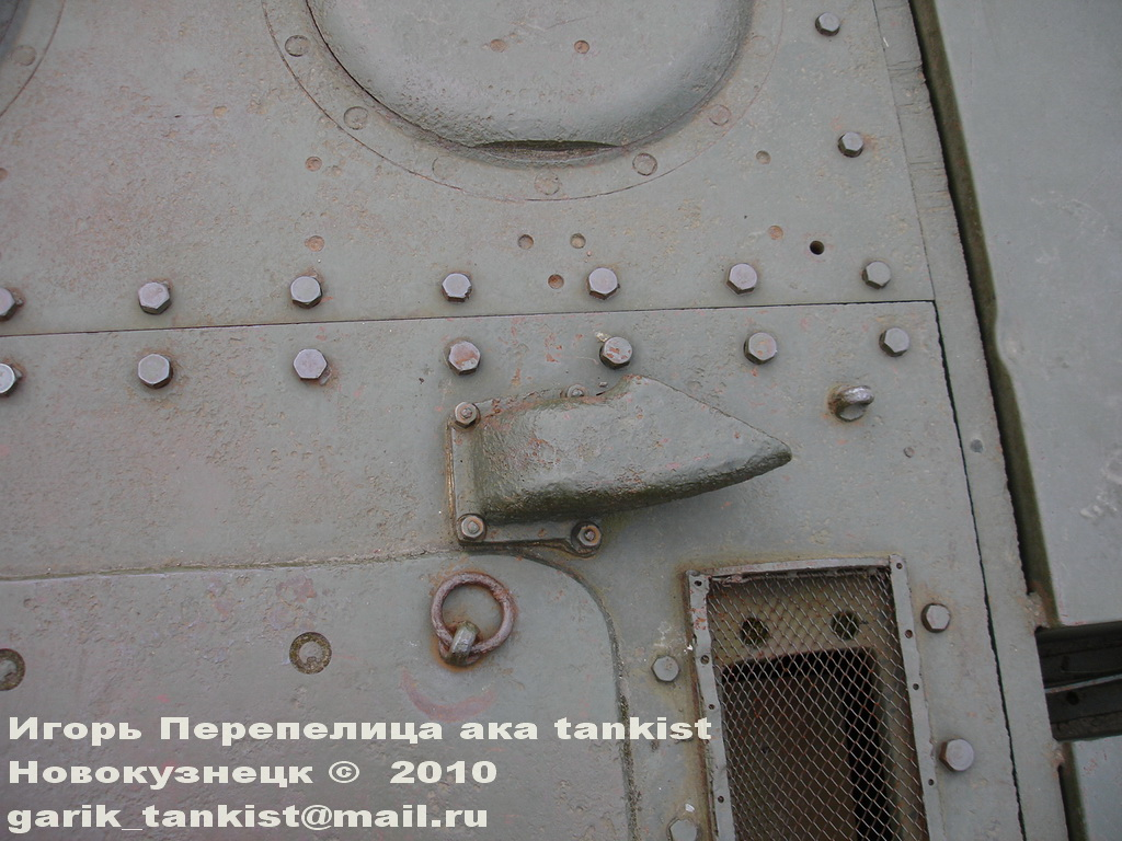 КВ-1 из набора 01561 от Trumpeter View_image_1_023