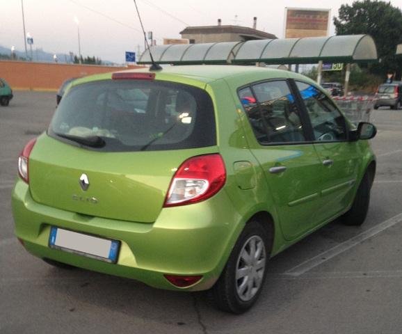 Avvistamenti auto dai colori particolari IMG_1356