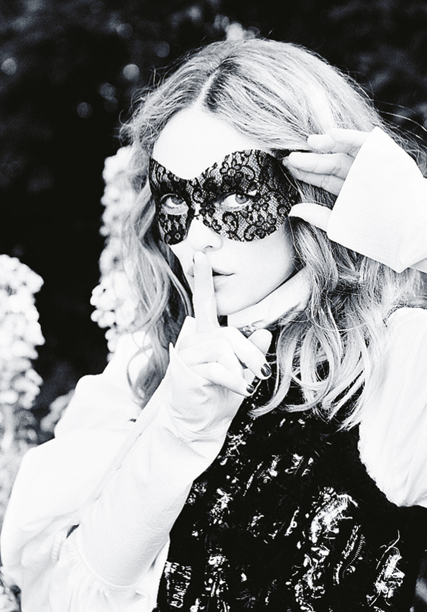 PRESSE PARADISIAQUE #4 - Page 6 11_cover_story_vanessa_paradis_making_of