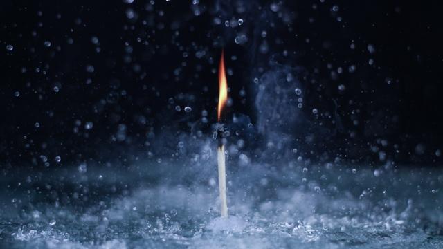 plamen-vatra - Page 3 Fire_water_close_up_80995_1920x1080