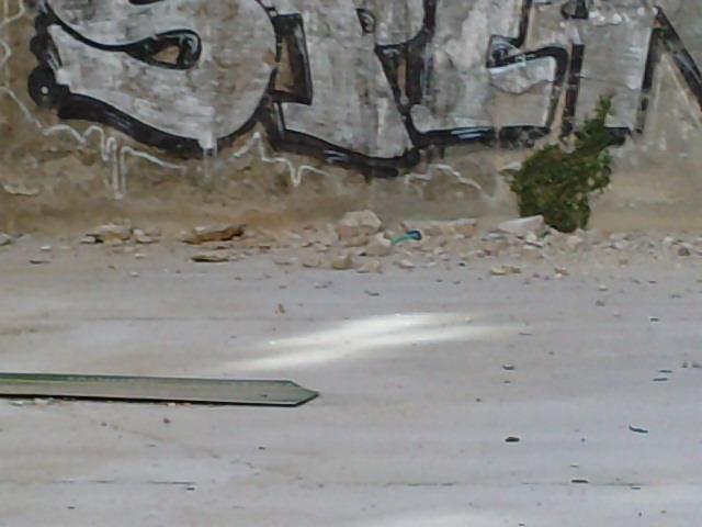 La muralla de Escalinata se cae a pedazos. P240713_18_530002
