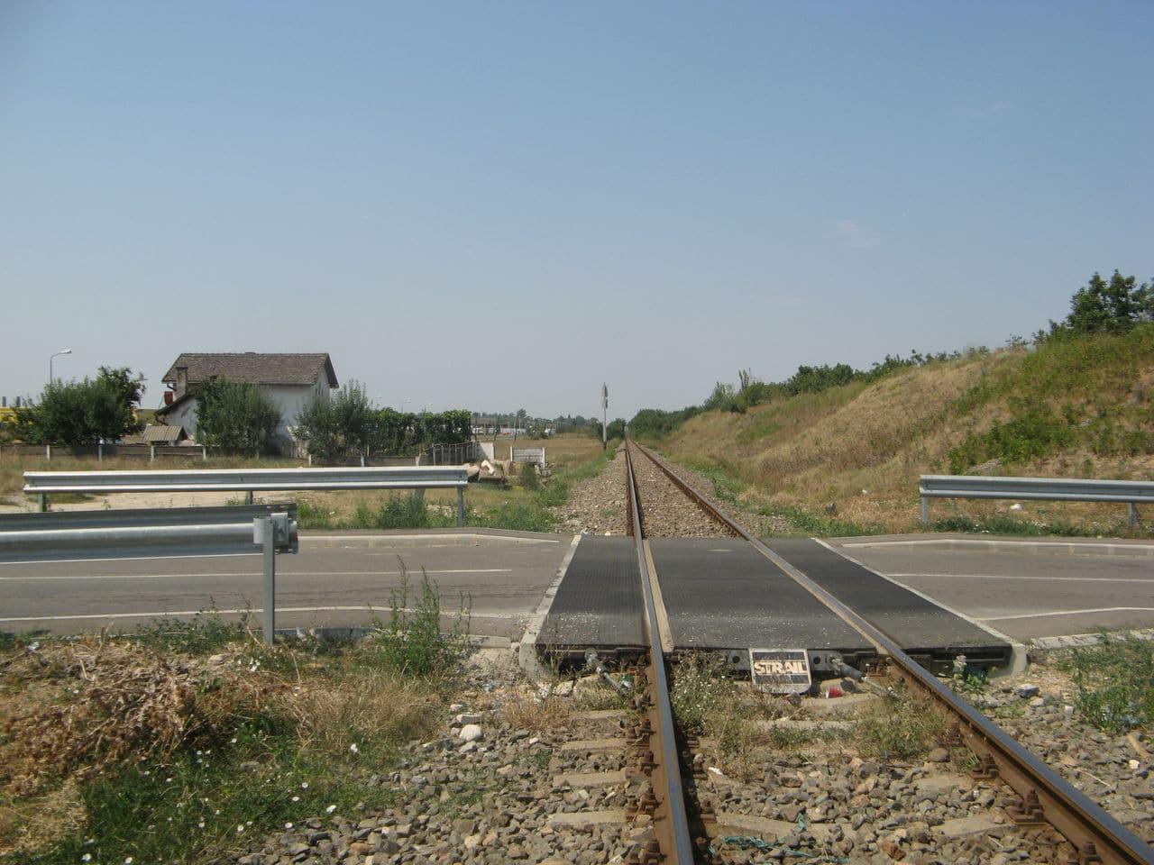 Calea ferată directă Oradea Vest - Episcopia Bihor IMG_0059