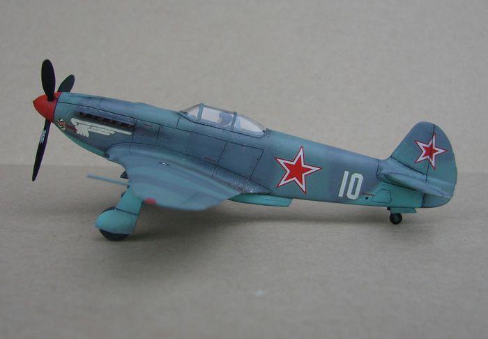 Do Božića, Yak-3, Zvezda, 1/72 - Page 2 DSC03002