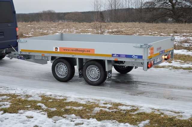 Autotreilerite, kastiga ja kaanega haagiste rent Tallinnas Zeus_netti