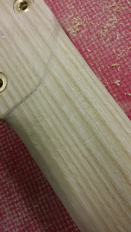 Construção caseira (amadora)- Bass Single cut 5 strings - Página 6 12576095_10153920988699874_437420292_n