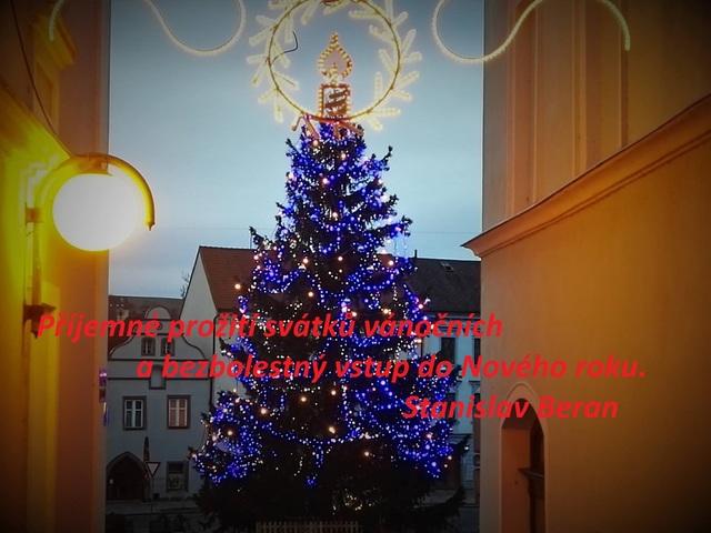 Vánoce a Nový Rok 15235539_1339884272697923_236084229056232918_o