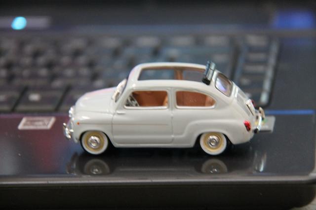 Nuestros coches en Miniatura - Página 6 IMG_0448