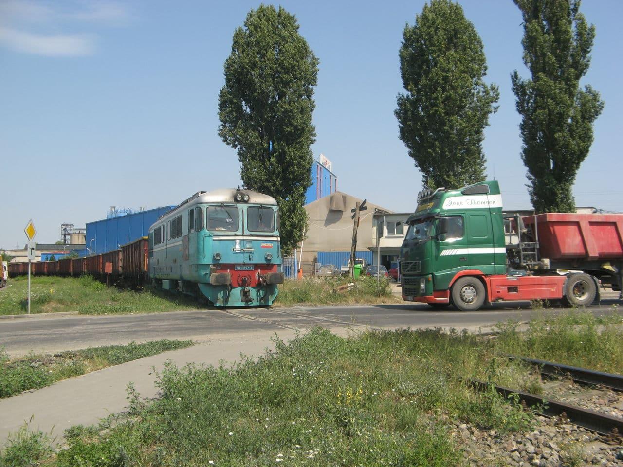 Calea ferată directă Oradea Vest - Episcopia Bihor IMG_0041