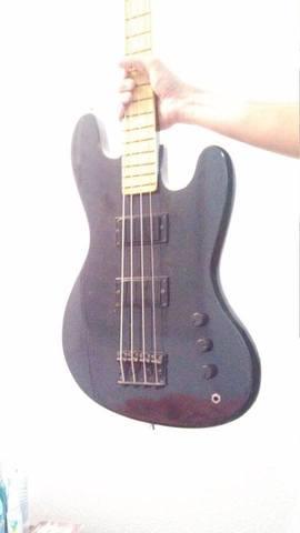 Faschion Guitars and Basses - Alguém conhece? 547430_10152300571095410_2108523356_n