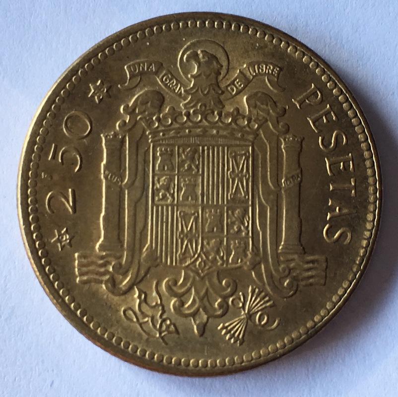 2,5 pesetas 1953 (*19-54). Estado Español - Página 2 IMG_8074