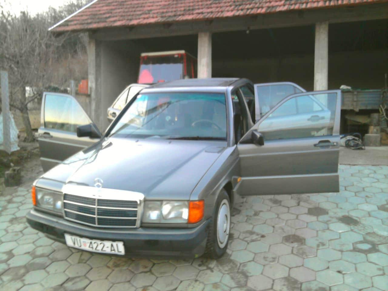 Mercedes W201 2.0 D Fotografija0053