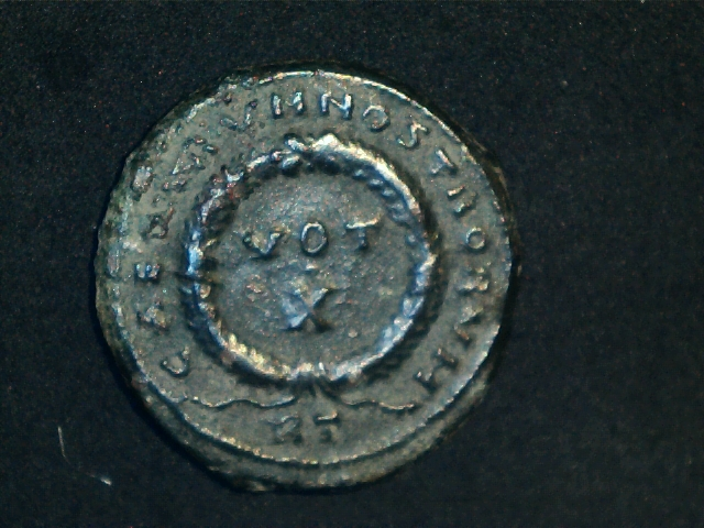 AE3 de Constantino II. CAESARVM NOSTRORVM - VOT / X.  Ceca Roma. 2016_12_16_0008_0_X