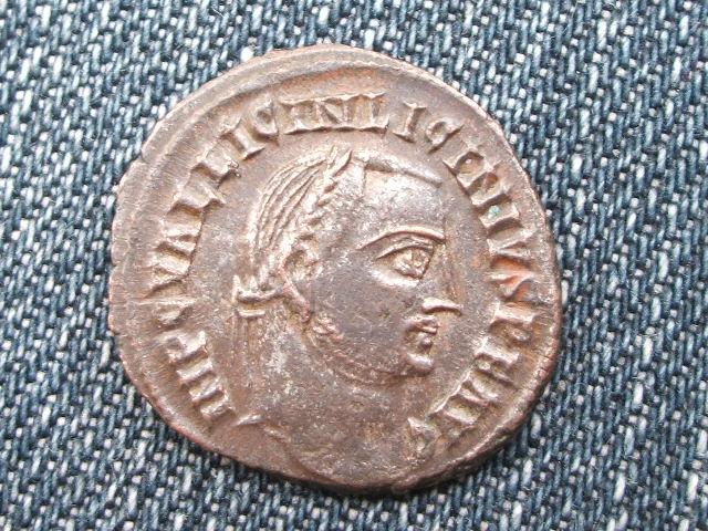 Nummus/Follis de Licinio I - IOVI CONSERVATORI AVGG - Alejandria 034