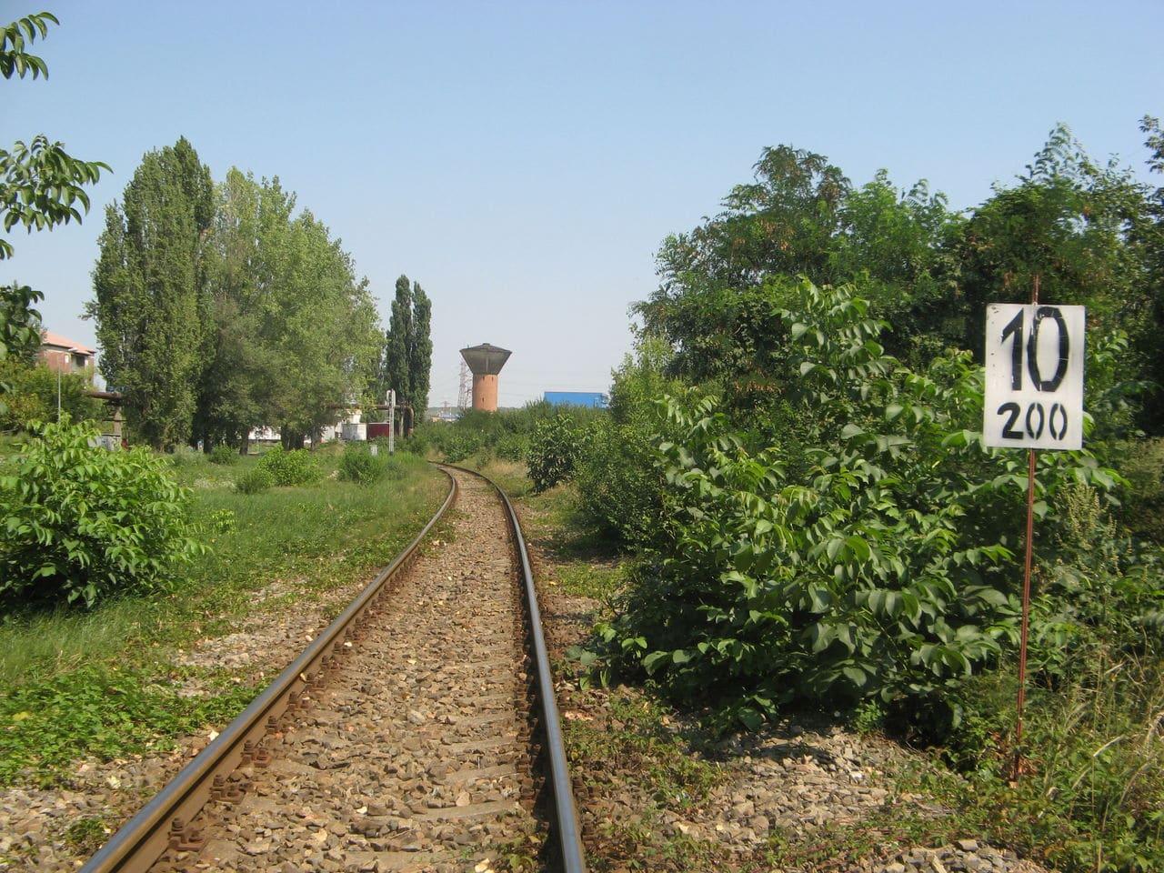 Calea ferată directă Oradea Vest - Episcopia Bihor IMG_0035