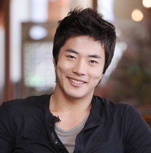 Kwon Sang Woo 915737_image2_1