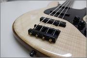 Projeto S.Martyn Jazz Bass Tradicional Fretless 4 cordas MG_9338