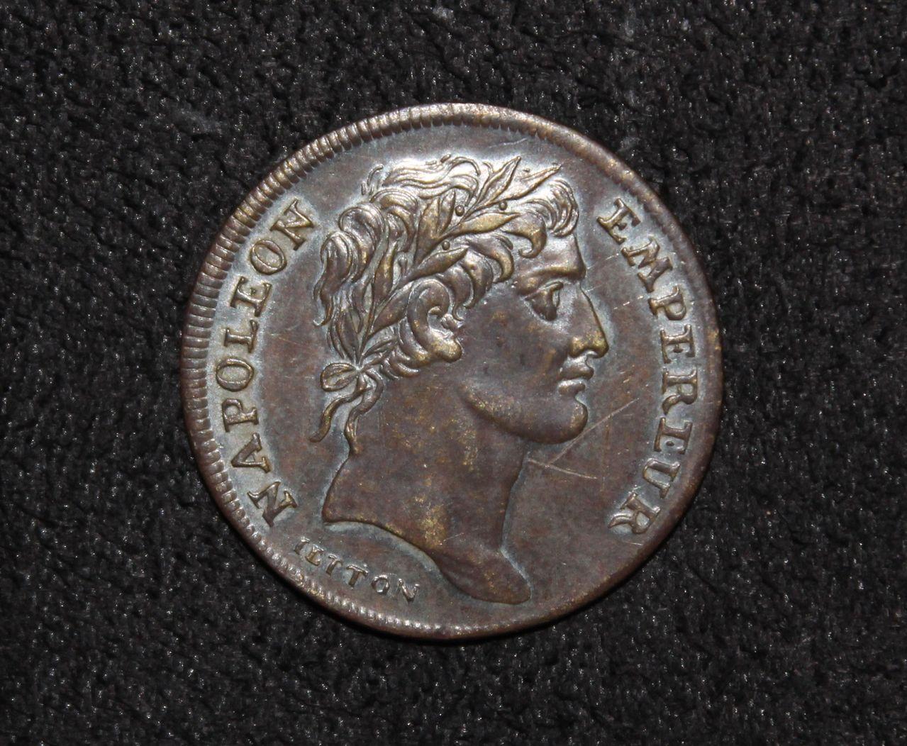 Jetón de Napoleón Bonaparte. Coronación. 1804. IMG_8466