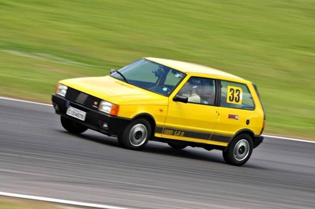 Auto Storiche in Brasile - FIAT - Pagina 7 Uno_1.5_R
