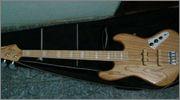 Mostre o mais belo Jazz Bass que você já viu - Página 8 1266770_10200529270774174_1023774061_o