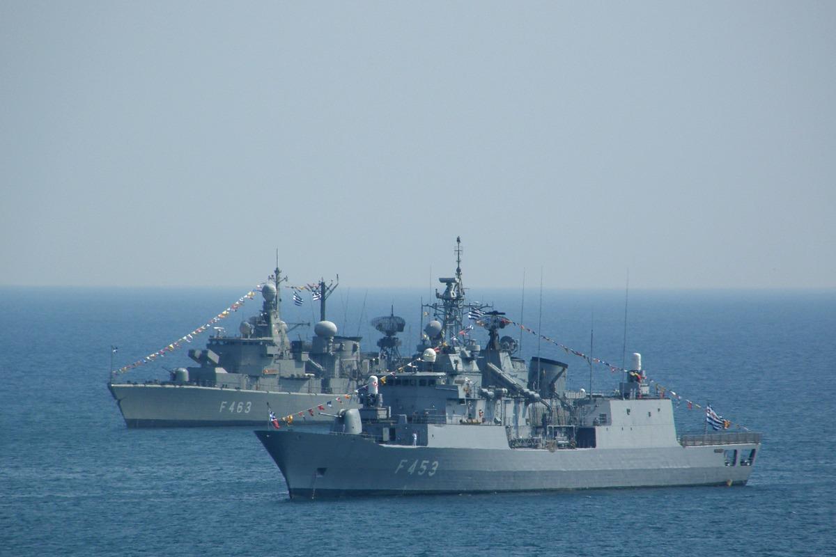 Hellenic Military & Security Multimedia 20080702_Faliron_F_453_F_463