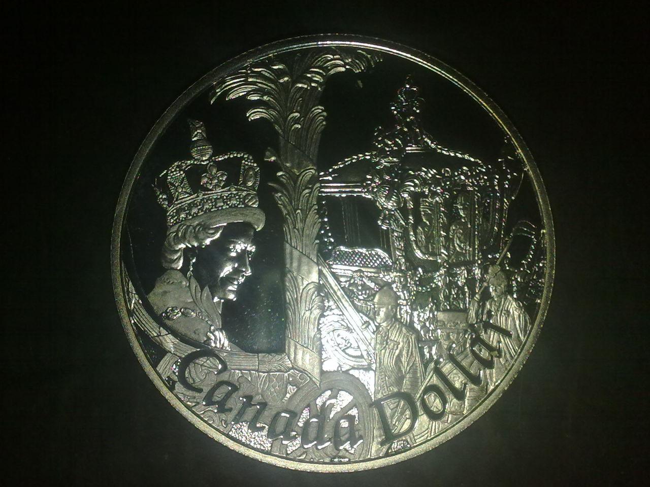 Un dolar Canada tambien conmemorativo.. X_003
