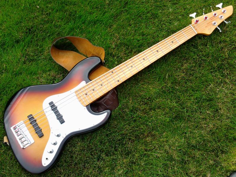 Contrabaixo Jazz Bass 6 cordas... Tendência ou Modinha...? 1024