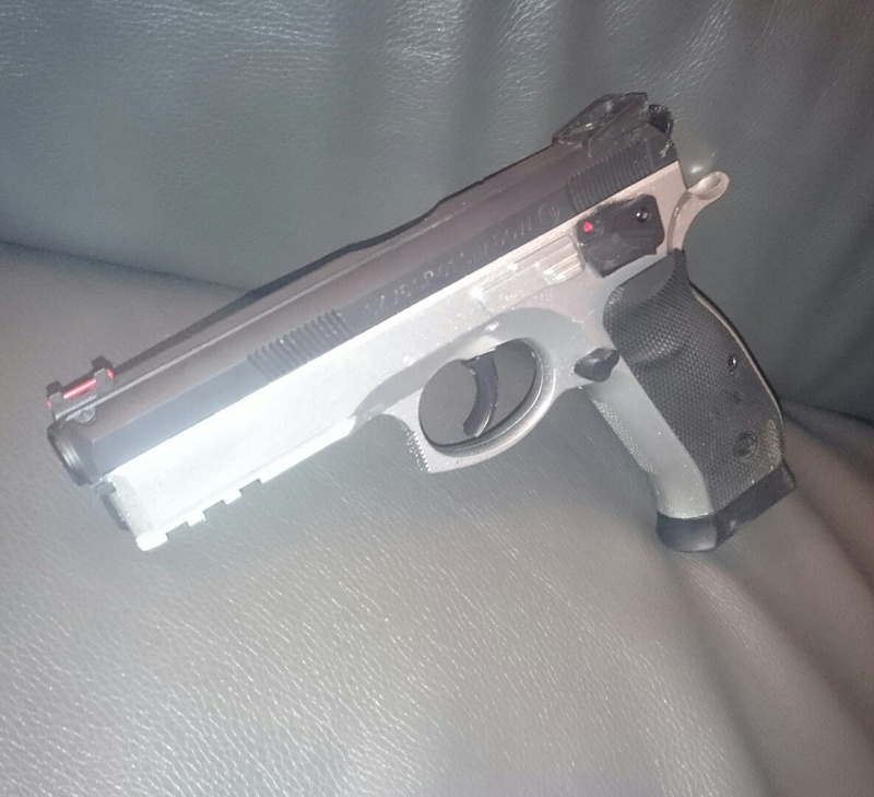 vente]softshell Coyote Helikon, Cz75 Sp01 Shadow, Laser Swisarms, Chargeur De Batterie Lipo( Photo In!^^) IMG_20160318_095820