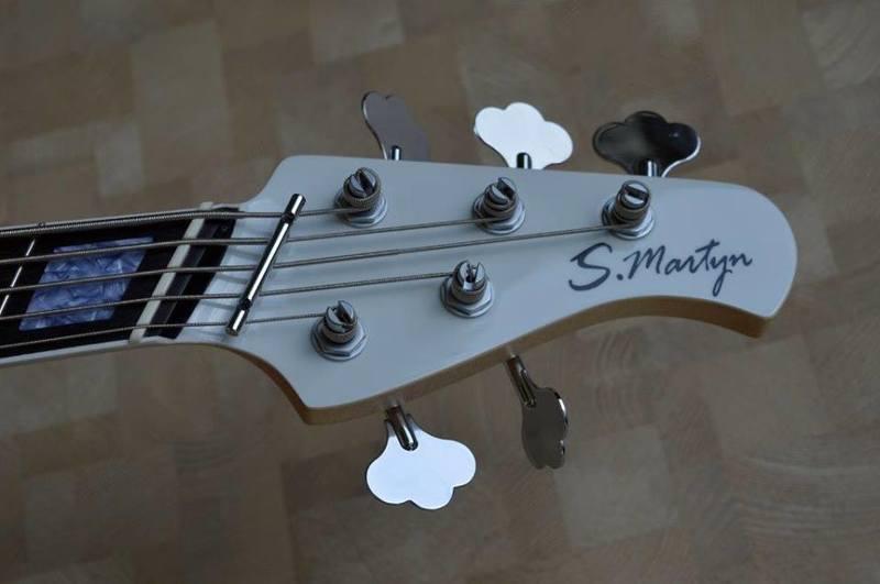 Construção SMartyn Super Jazz Bass 5 Custom 12391830_938685929543748_2885839452835169156_n