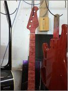 Groovemaker+ 4 cordas da Mendes Luthieria IMG_20141117_WA0082