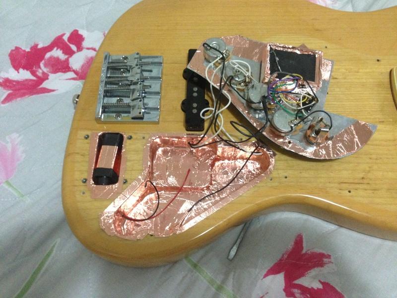 Dúvida com headstock Fender Marcus Miller IMG_1347