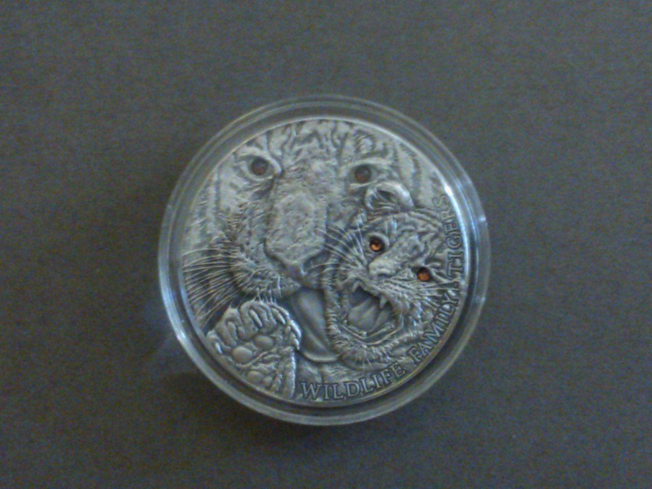 Tigers Wildlife Family Panthera Tigris Silver Coin 1$ 1 Oz Niue 2013 WP_000584
