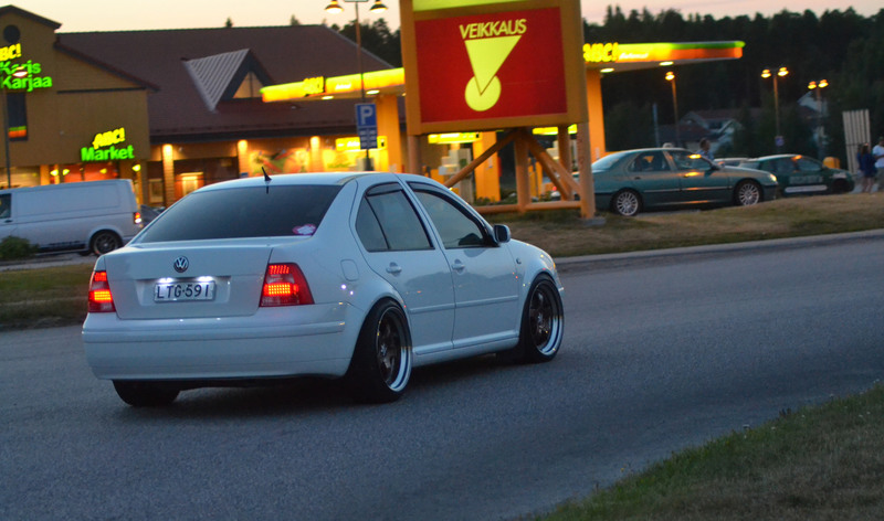 BORA 1.8T CANDYWEISS IMG_3656