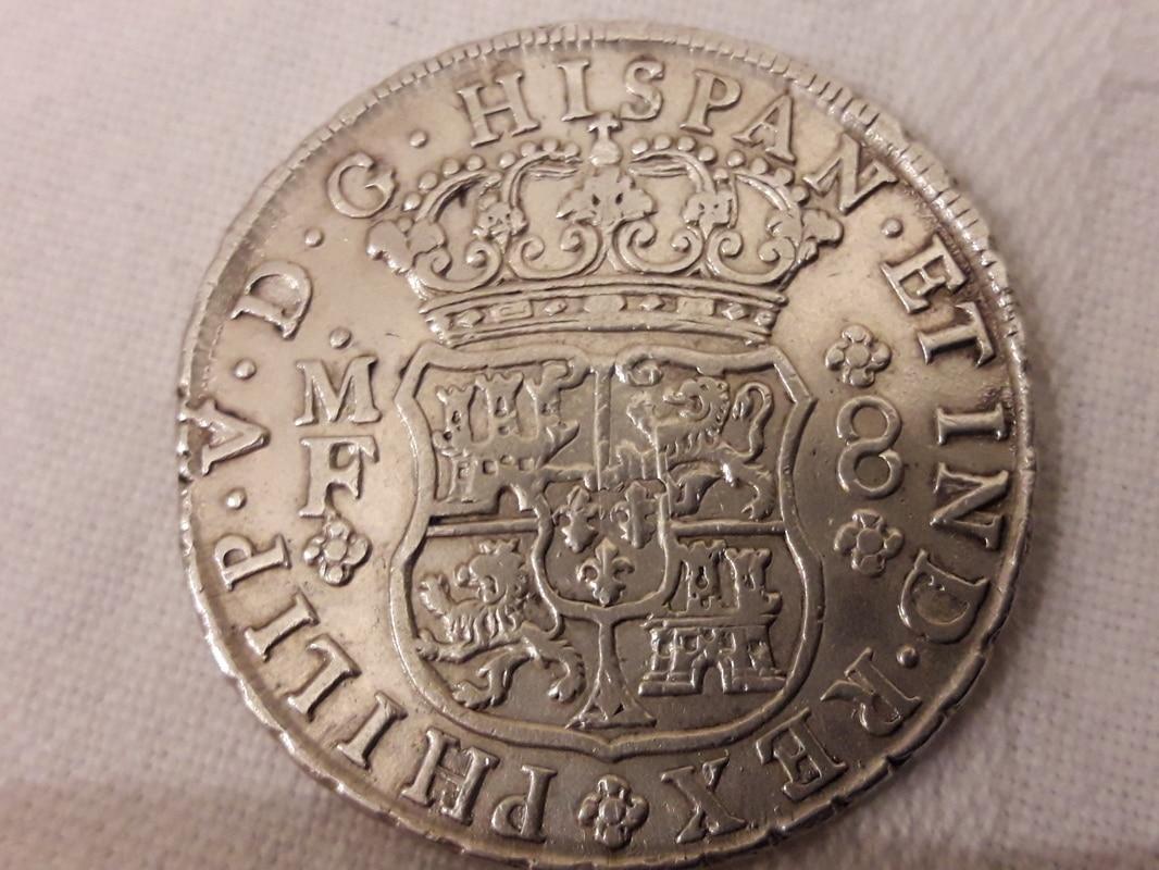 OPINION...Columnario mexicano de Felipe V  20170122_003246
