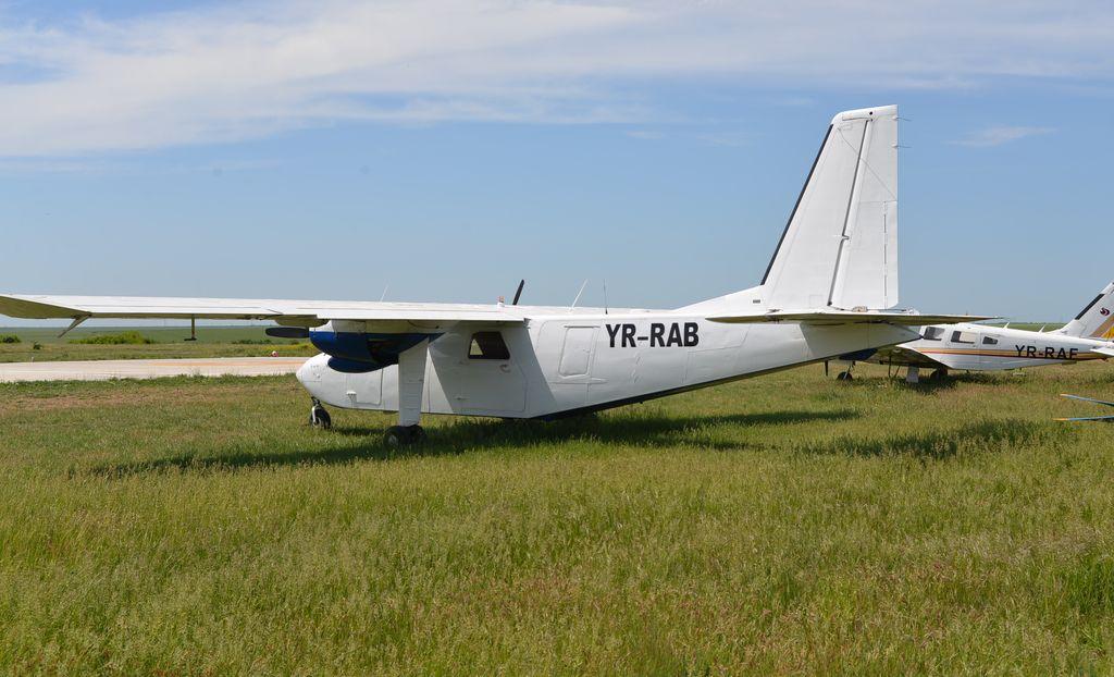 Britten-Norman BN-2 Islander - Pagina 2 DSC_1715_1