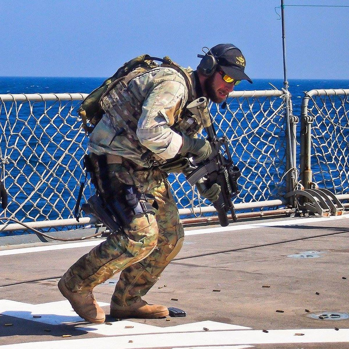 Hellenic Military & Security Multimedia Mu_Uh7_AS