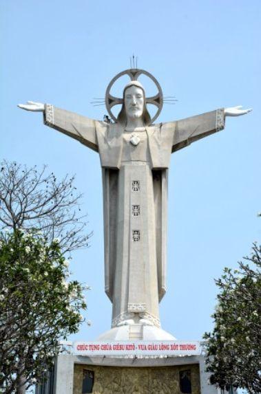 VJERA I VJERSKE LITURGIJE - Page 11 Jesus_vietnam_b