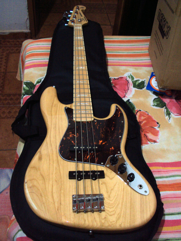 Mudanças em Jazz Bass SX Baixo