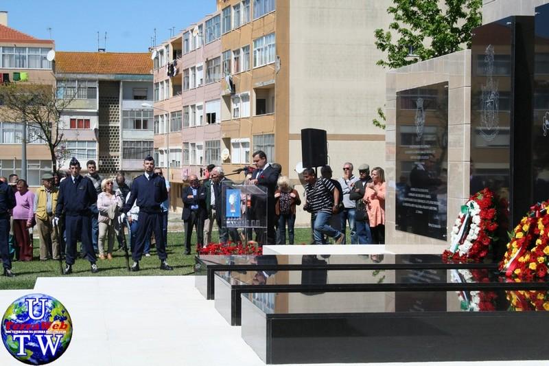 MONTIJO: As imagens da inauguração do Monumento de Homenagem aos Combatentes do Ultramar - 25Abr2016 20160425_73