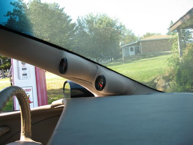 My 98 Buick Riviera - Page 2 IMG_2090