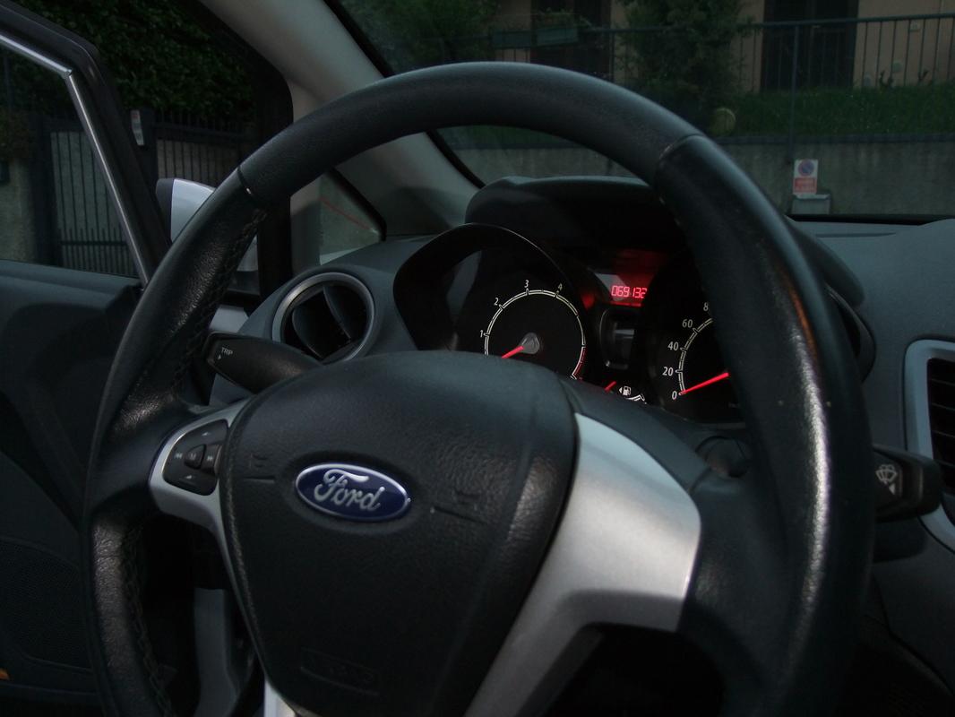 Gerva90 vs. Ford Fiesta 2010 30
