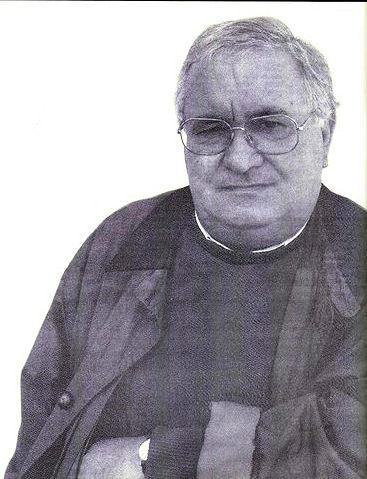Faleceu o veterano Afonso Emílio Praça, Alferes Mil.º, do BCac467 - 03Mai2001  Afonso_Pra_a