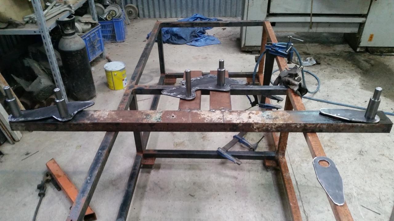 Proyecto de construccion de una pala para un mini tractor 112