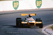 Tasman series from 1971 Formula 5000  7106_Max_Stewart_on_the_way_to_winning_the_Angu