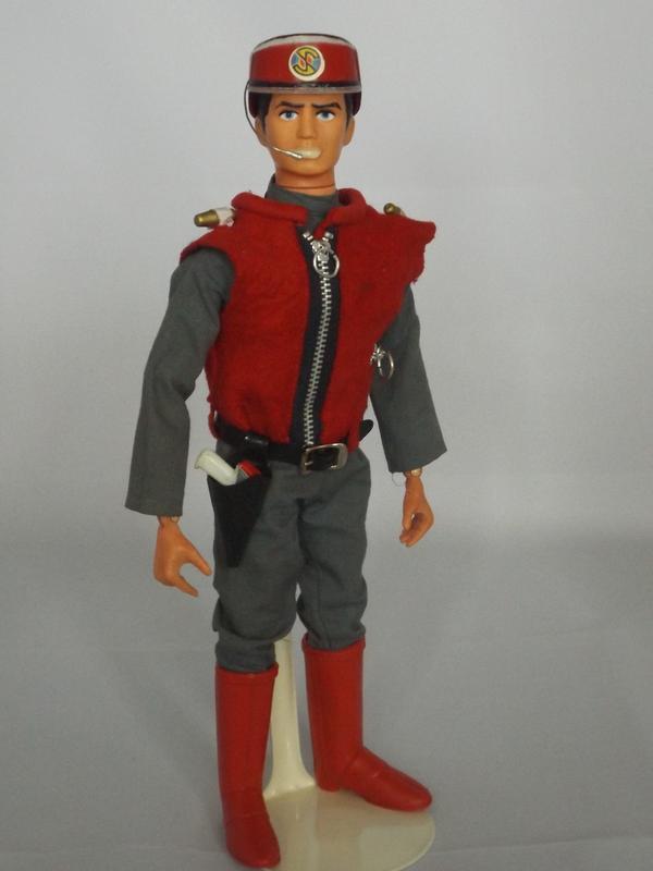 Pedigree Captain Scarlet. DSCF2300_zpseseh0oux