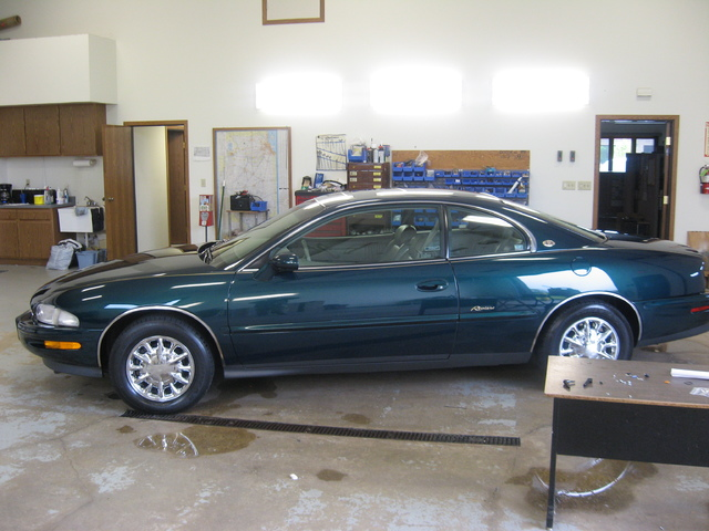 My 98 Buick Riviera Picture_019