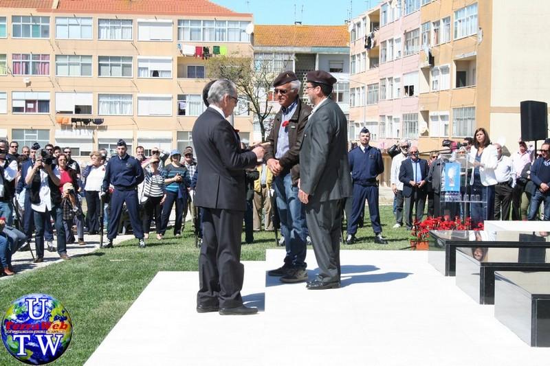 MONTIJO: As imagens da inauguração do Monumento de Homenagem aos Combatentes do Ultramar - 25Abr2016 20160425_60