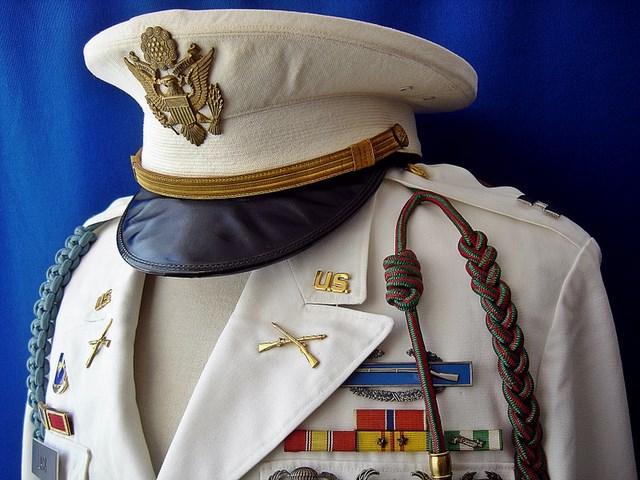 Un peu de ma collection d'uniformes. DSC01774_800x600_640x480
