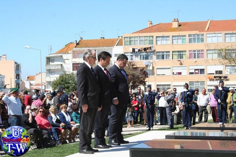 MONTIJO: As imagens da inauguração do Monumento de Homenagem aos Combatentes do Ultramar - 25Abr2016 20160425_48