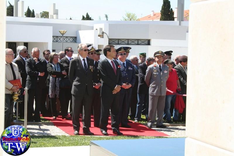 MONTIJO: As imagens da inauguração do Monumento de Homenagem aos Combatentes do Ultramar - 25Abr2016 20160425_76